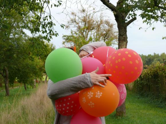 http://pascommelesautres.cowblog.fr/images/1/ballons13.jpg
