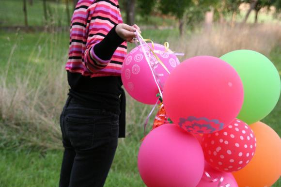 http://pascommelesautres.cowblog.fr/images/2/ballonsindiens8.jpg