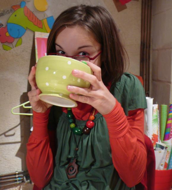 http://pascommelesautres.cowblog.fr/images/AnaellePoulain.jpg